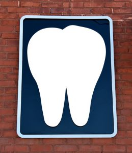 dentist-office-2328874_640