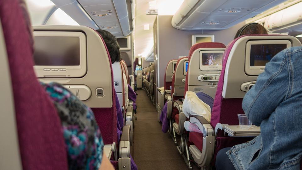 Viajar con comodidad en el avión - Olivier 89